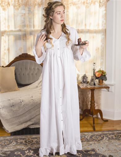 French Knotted Roses Smocked Nightgown