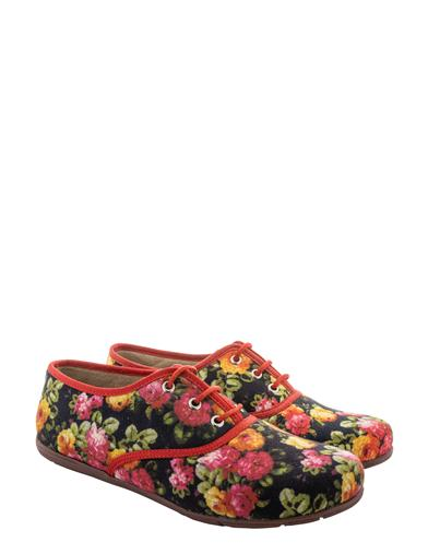 Rosy Lace Ups