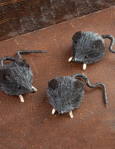 Three Blind Mice Figurines