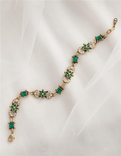 English Abbey Emerald Bracelet