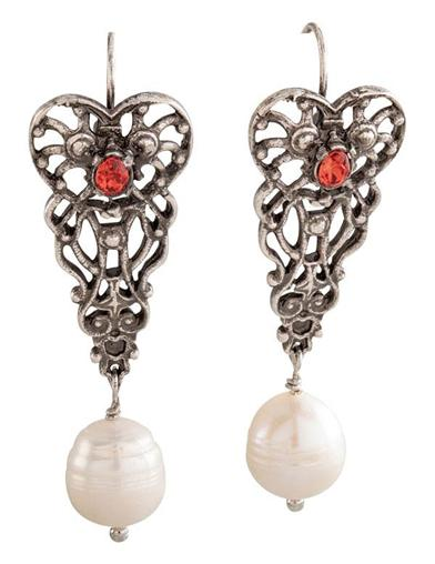 Heartstone Pearl Drop Earrings