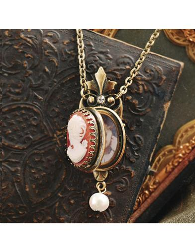 Florence Cameo Locket Necklace