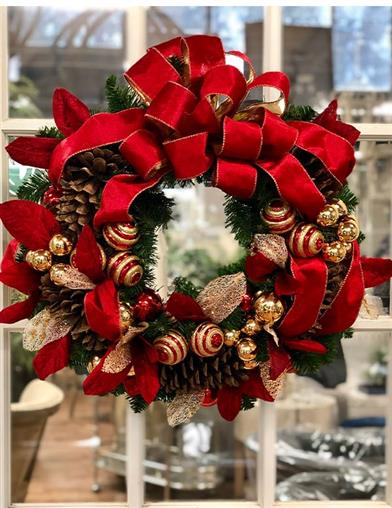 Classic Christmas Holiday Wreath