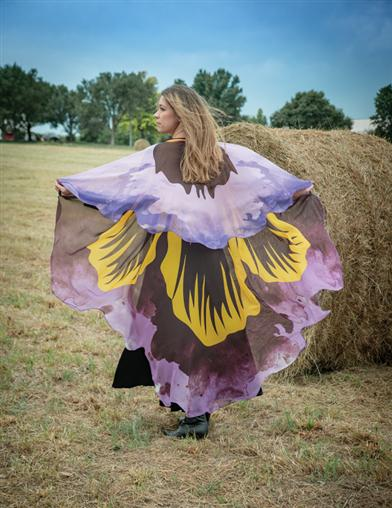 Pretty Pansy Cape
