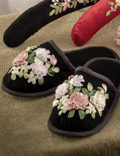 Embroidered Beauty Velvet Slippers