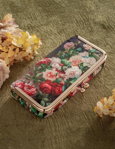 Ravishing Roses Pillcase Clutch
