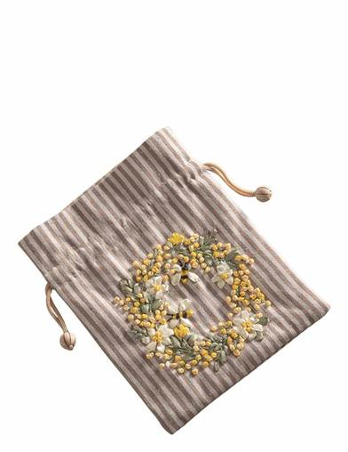 Embroidered Bee Wreath Drawstring Bag