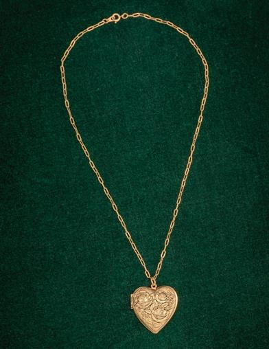 Gilded Rose Bouquet Heart Locket