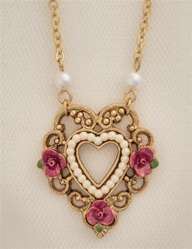 Clementine Pearl-rimmed Heart Necklace
