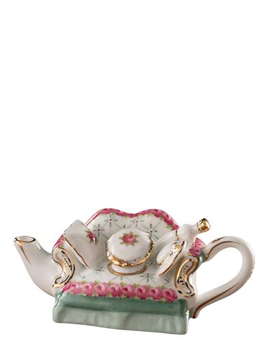 Lovely Lounge Mini-couch Teapot Collectible