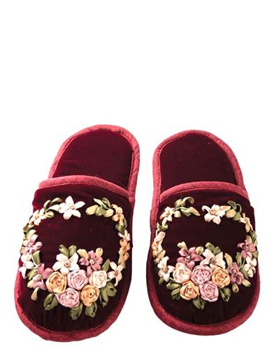 Ribbon Embroidered Slippers In Velvet Pouch