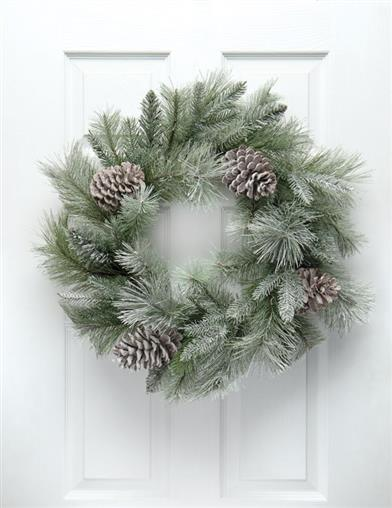 Jack Frosted Mountain Pine Wreath